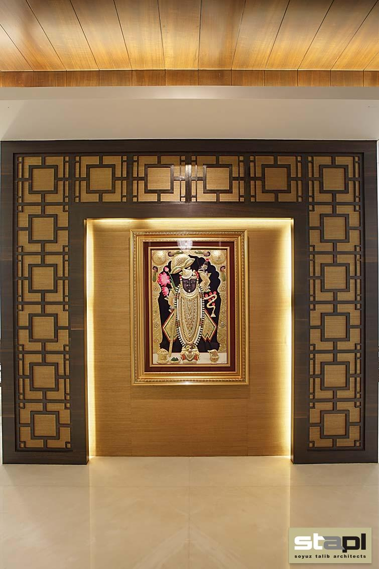 Mrs sonali dharia residence soyuz talib architects for Simple room door design